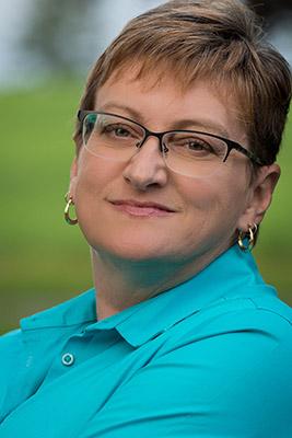 Lynda Dennis
